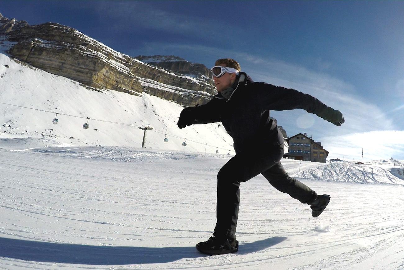 Snowfeet Wearable Mini Skis