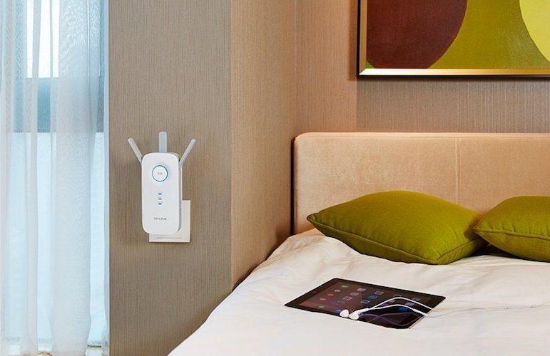 TP-Link 4K Wi-Fi Range Extender