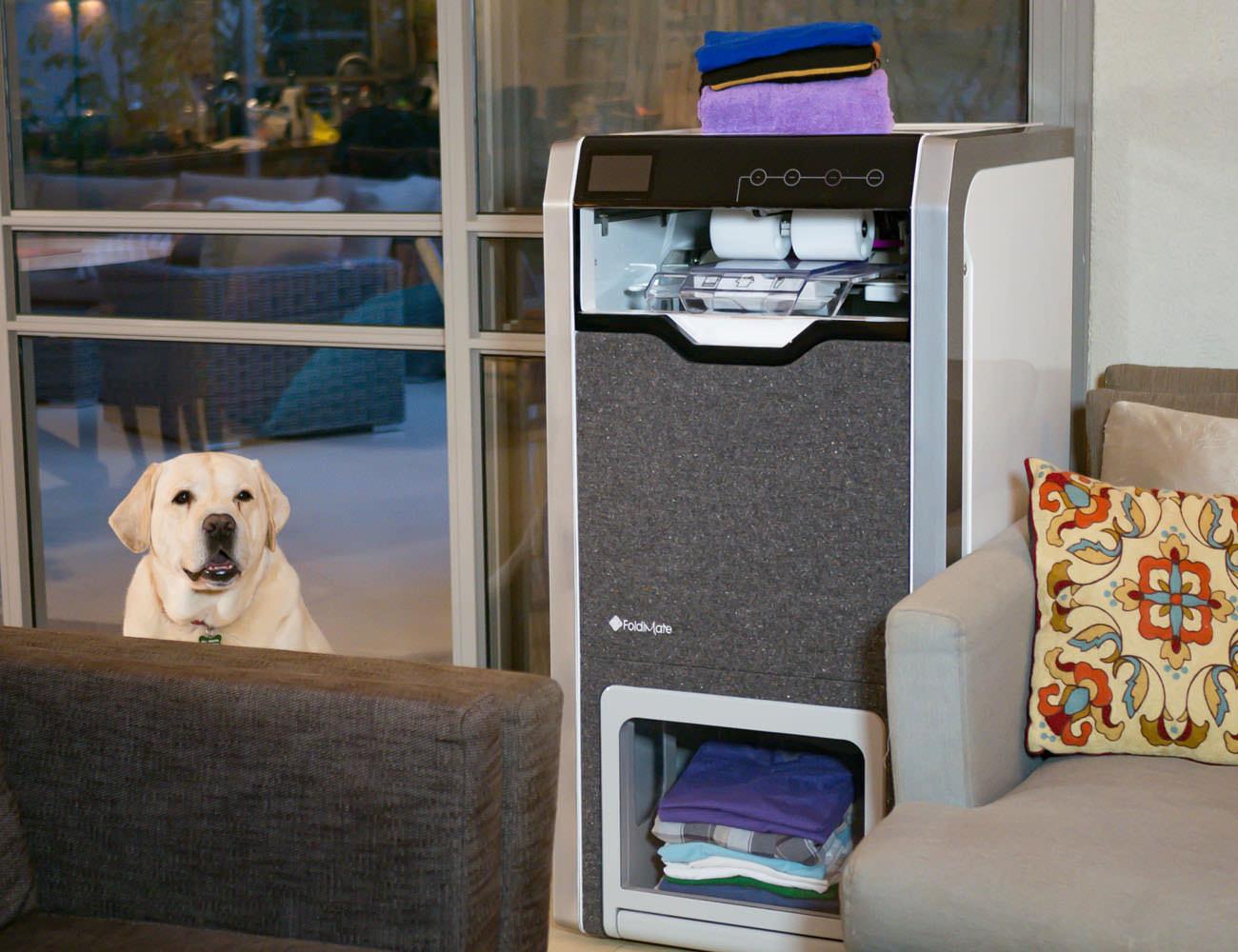 FoldiMate Automatic Laundry Folding Robot