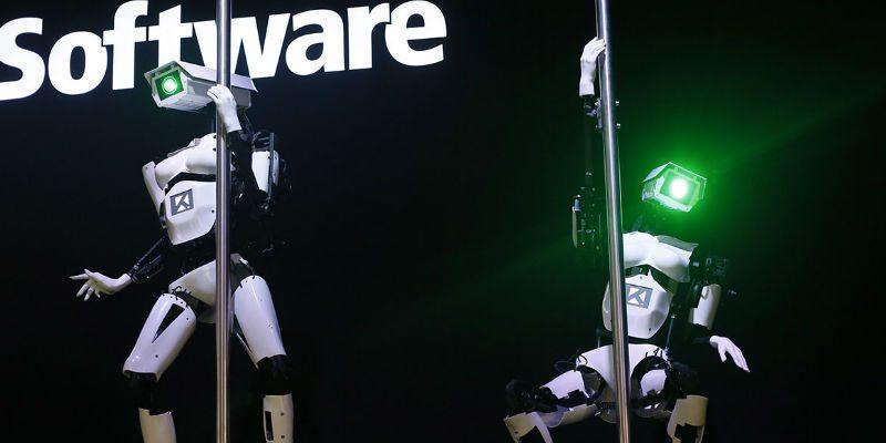 Pole dancing robots at CES 2018
