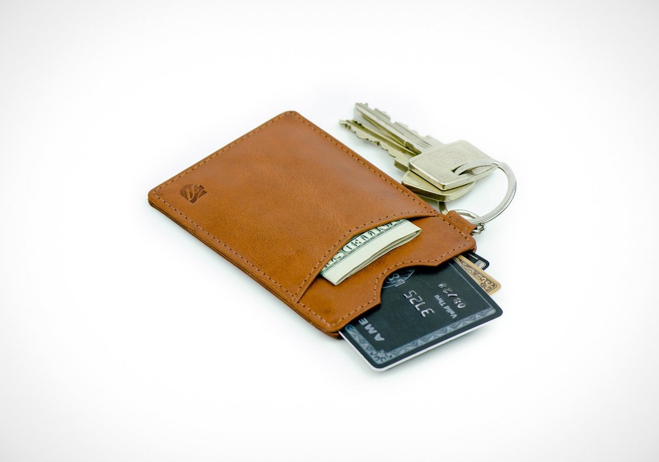 Axess Essential Leather RFID-Blocking Key Wallet
