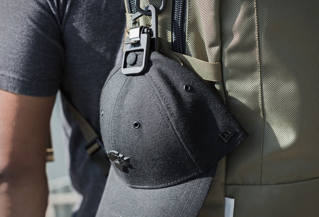 CapSnap+Hat+Carrying+Clip