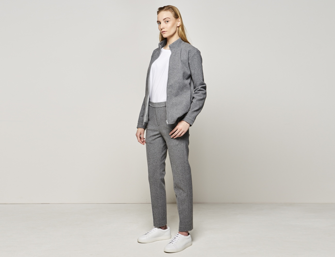 KASUI Premium Home Suit