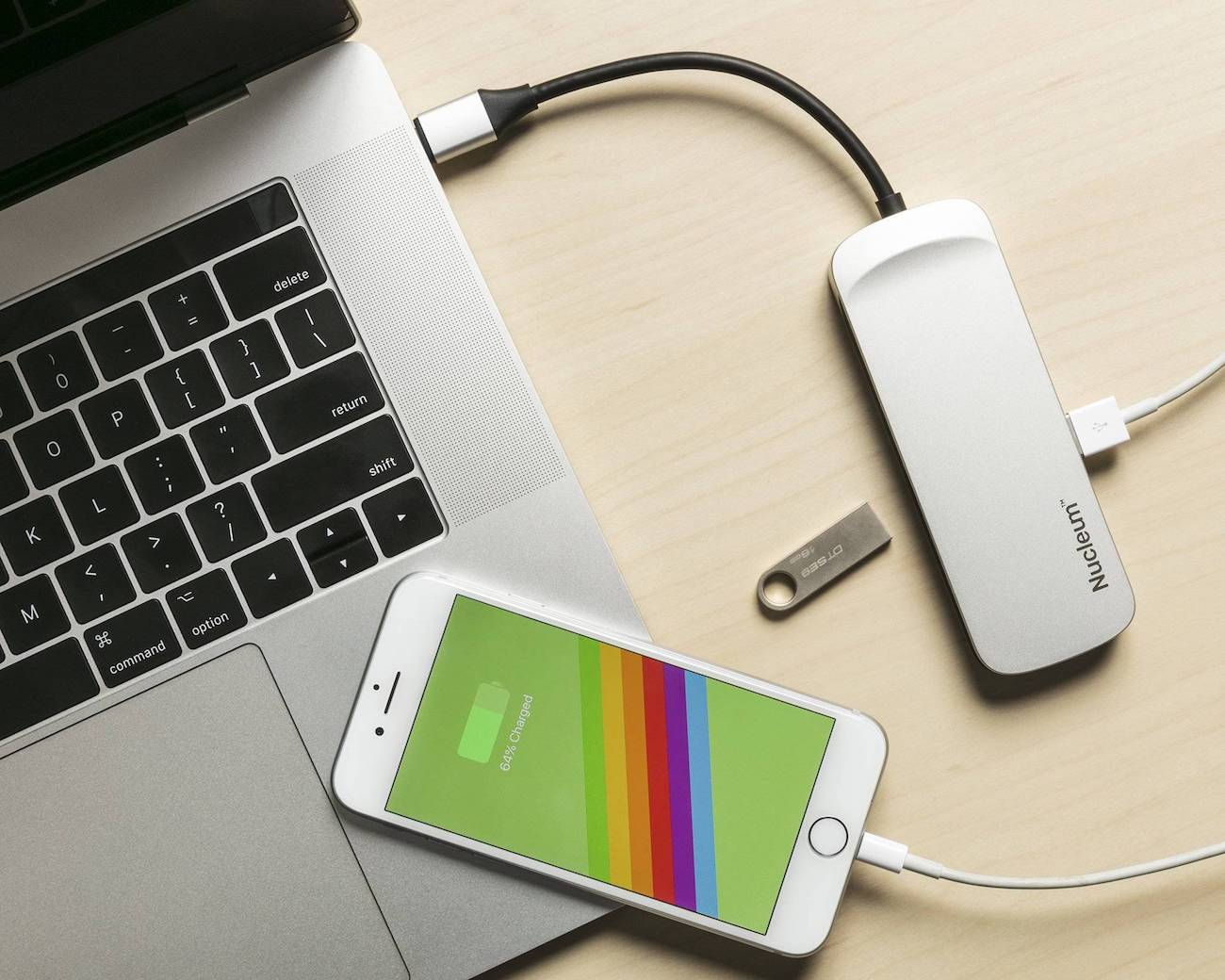 Kingston Nucleum USB Type-C Hub 03