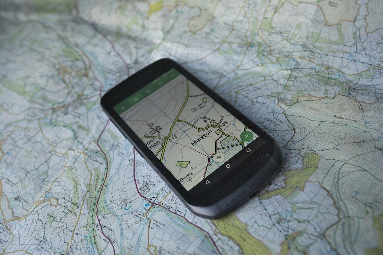 Land Rover Explore Outdoor Phone