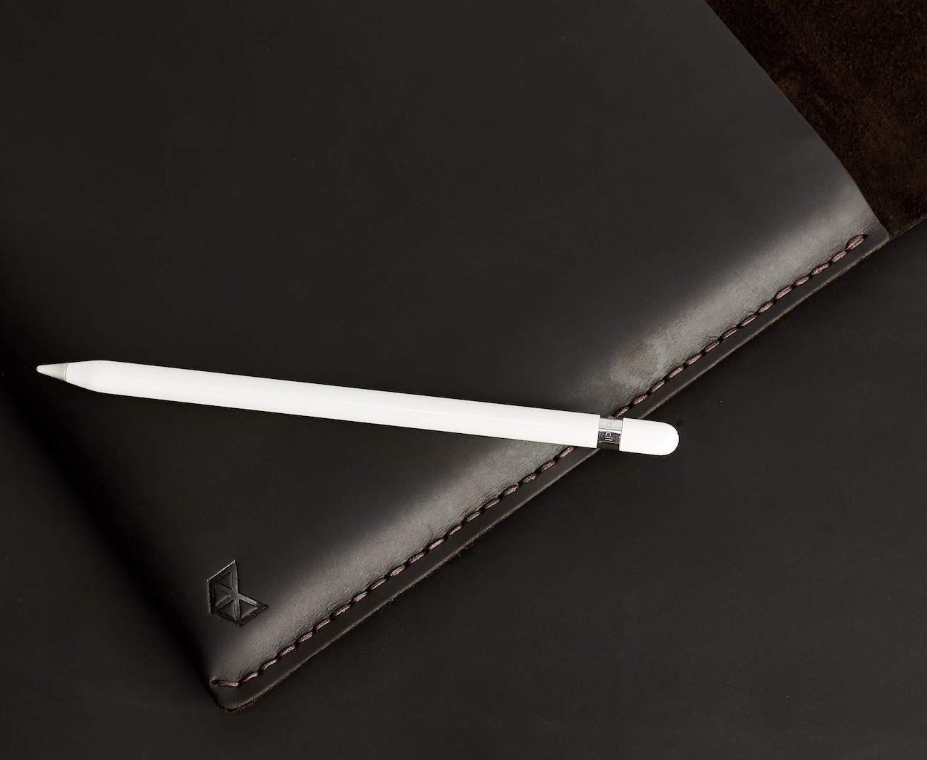 Marron Draftsman 2 Leather iPad Case