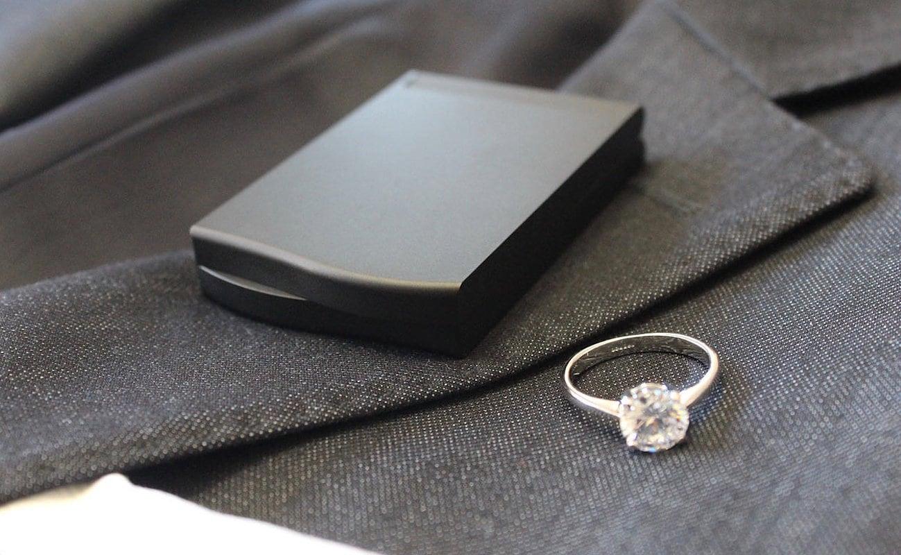 Monarch box slim engagement ring box gadget flow for Slim engagement ring box