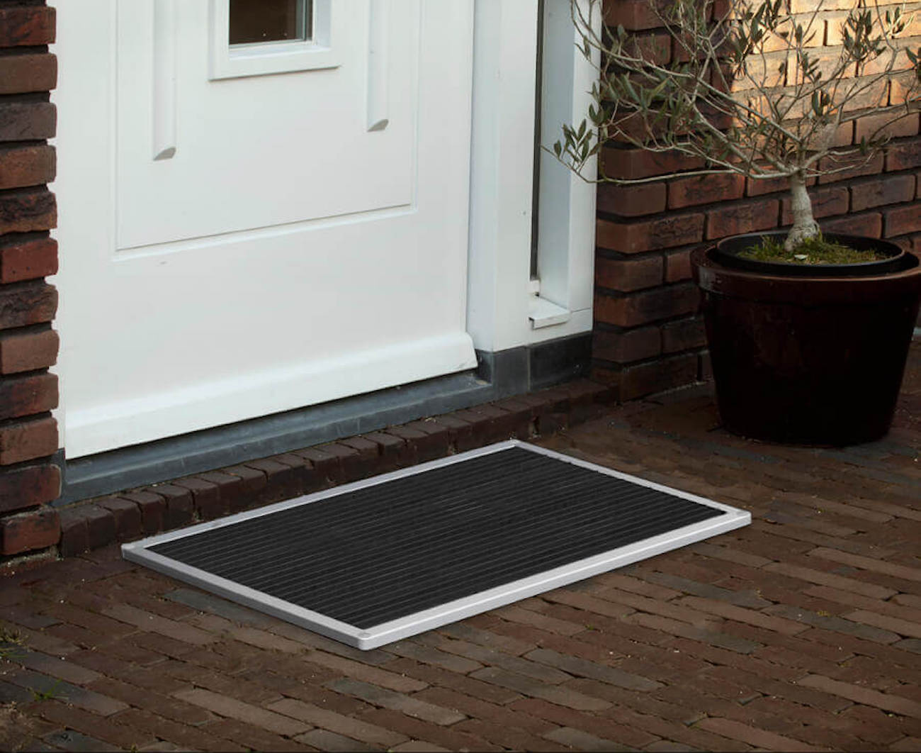 RiZZ The New Standard Luxury Doormat