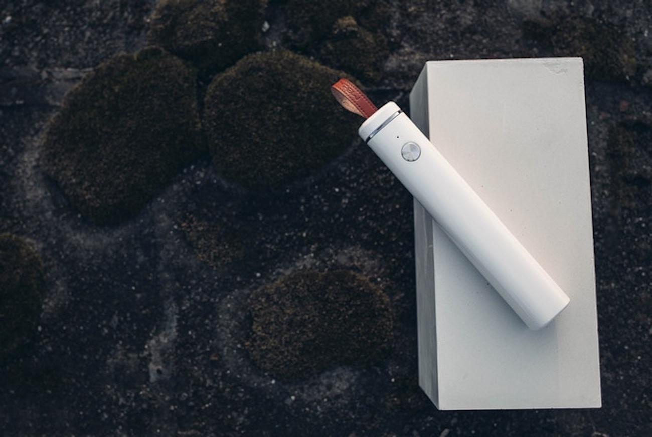 SelfieTIK Smart Bluetooth Selfie Stick