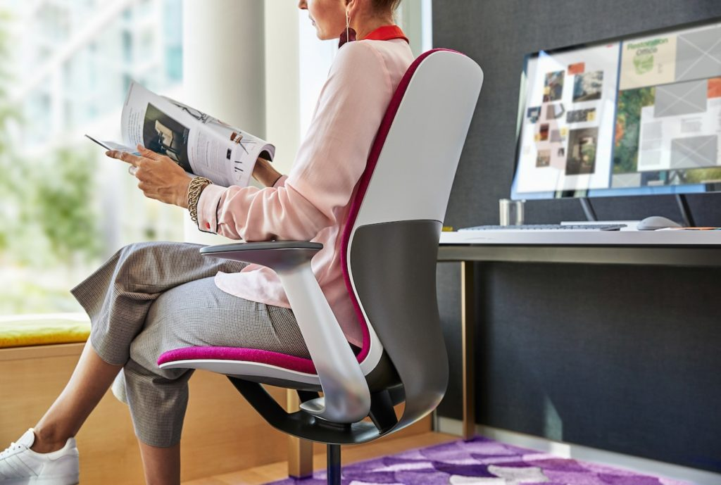 Here are the best chairs for work and play in 2019 - Steelcase SILQ Ergonomic Office Chair 02