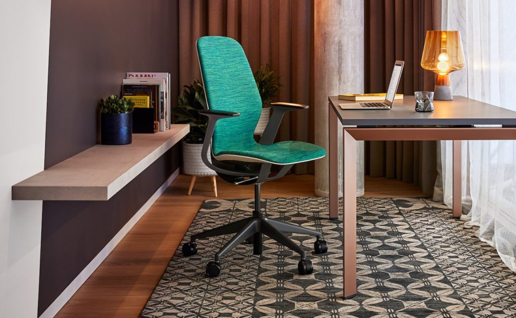 Here are the best chairs for work and play in 2019 - Steelcase SILQ Ergonomic Office Chair 04