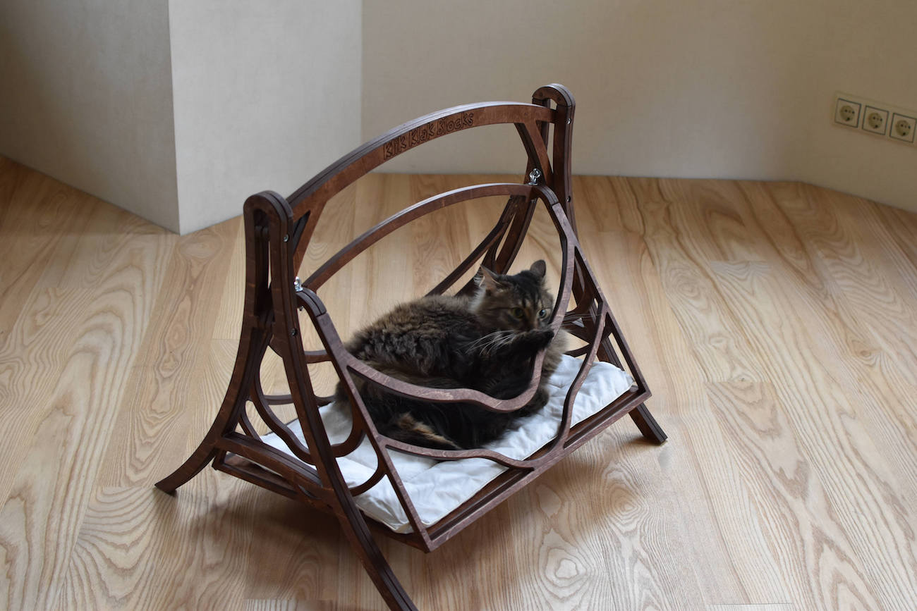 Wood Swing Cat Bed
