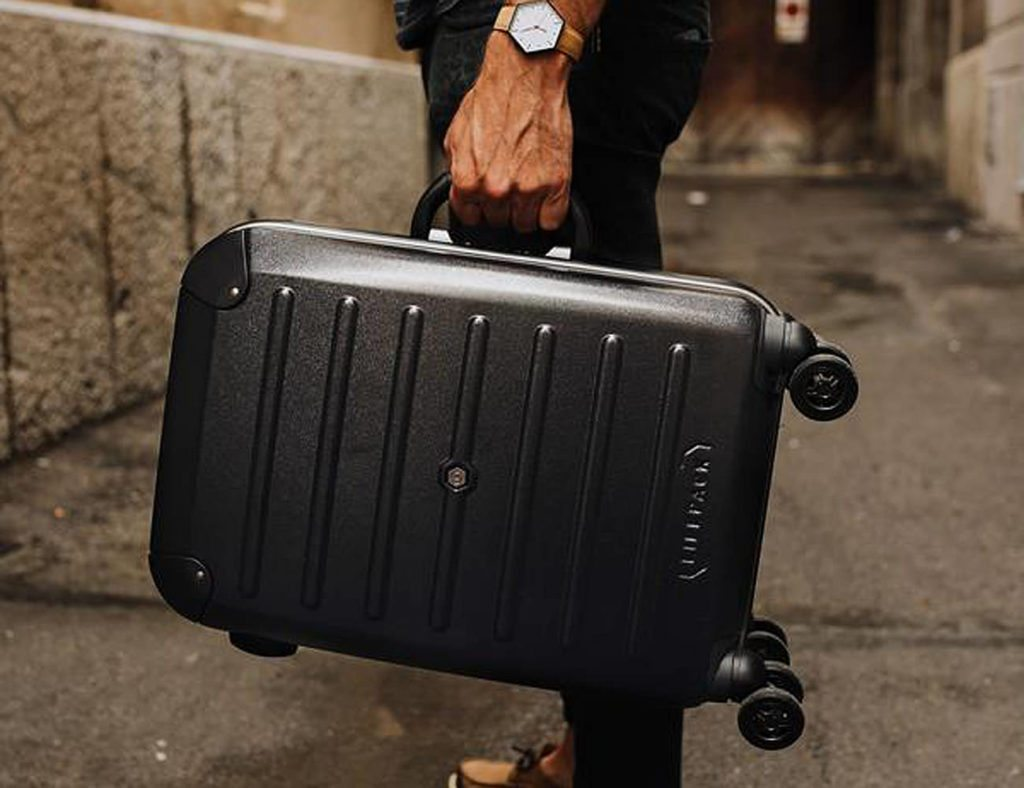 Solgaard Lifepack Carry-On Closet