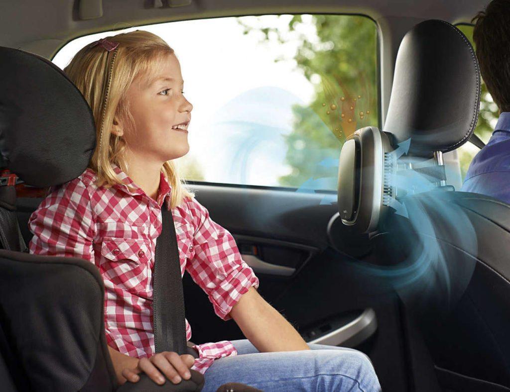 compact car air purifier 03