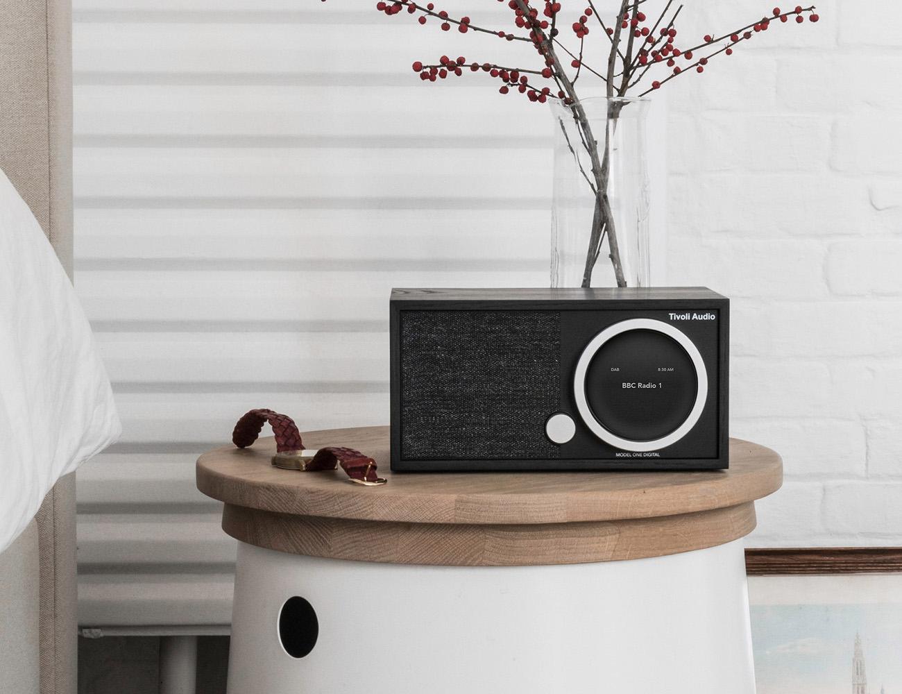 Digital+Connected+Radio
