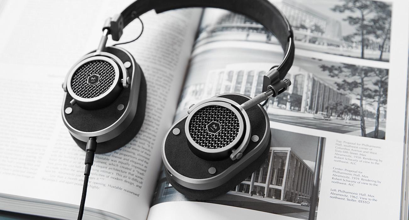 headphones 06