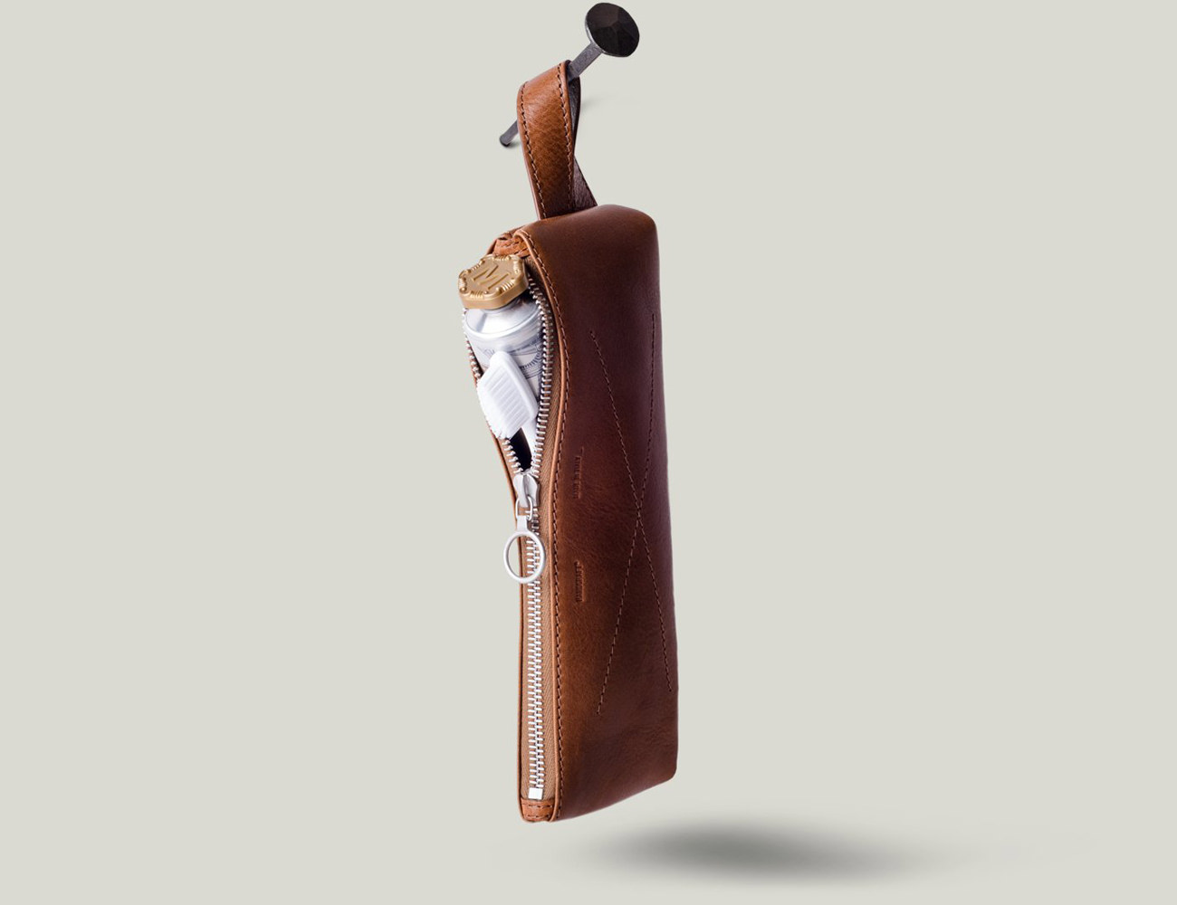 hardgraft Clean Case Leather Dopp Bag
