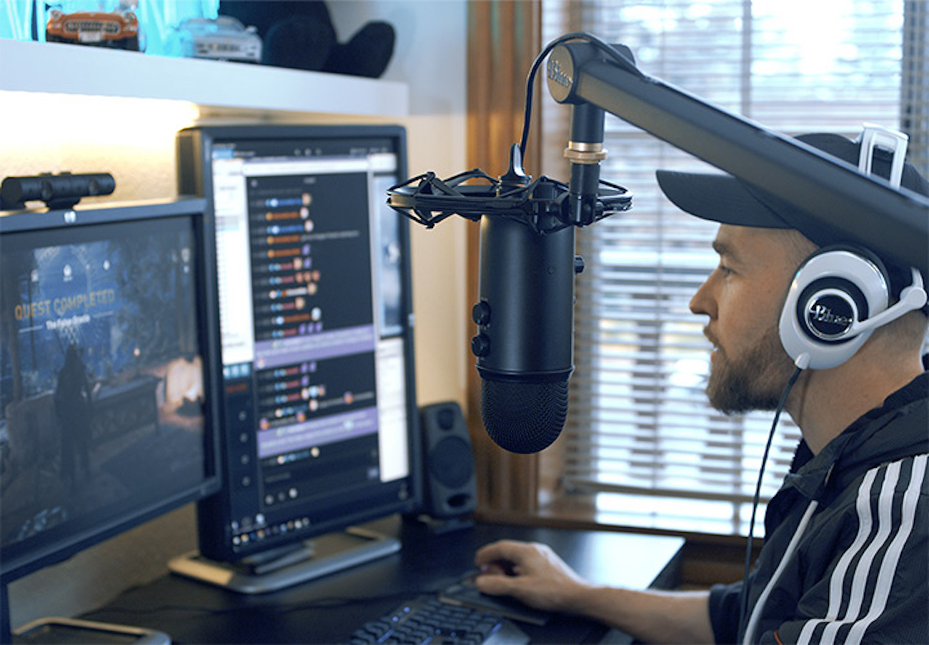 Blue Yeticaster Professional Broadcast Bundle