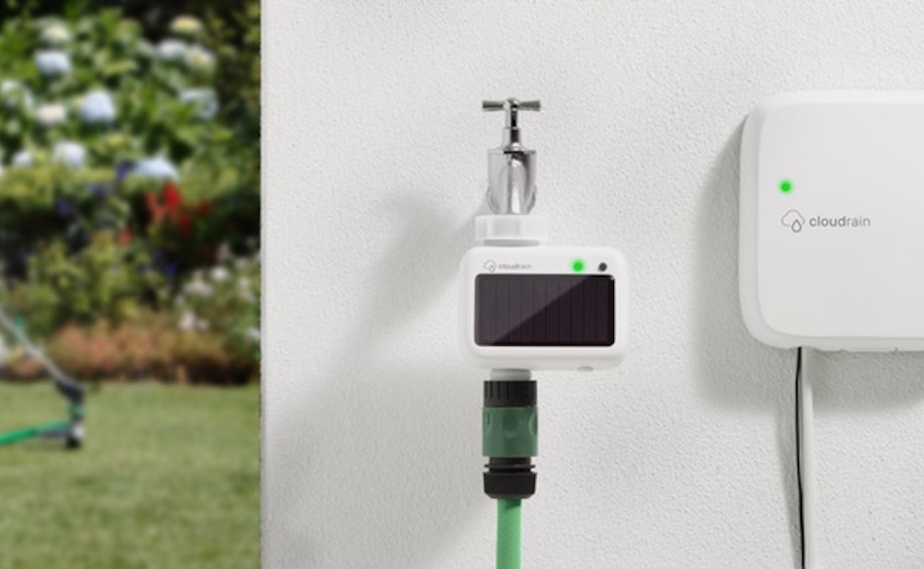 CloudRain Smart Garden Irrigation loading=