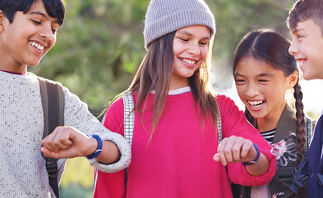 Kids+Activity+Tracker