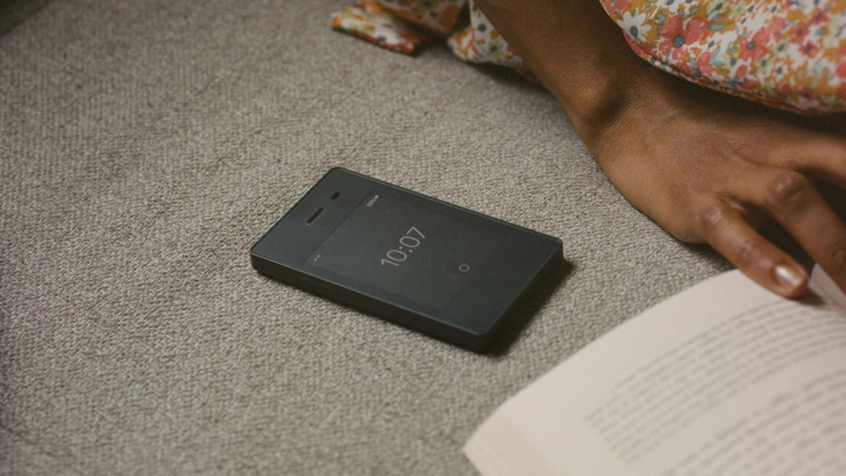 Light Phone II Minimalist 4G Phone encourages you to use your phone sparingly