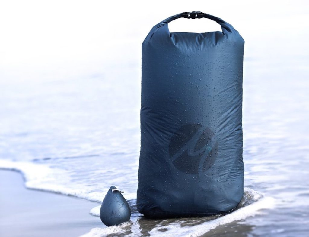 Products We Love From Matador Gadget Flow Flatpak Toiletry Bottle 1 Pack Droplet Xl Dry Bag