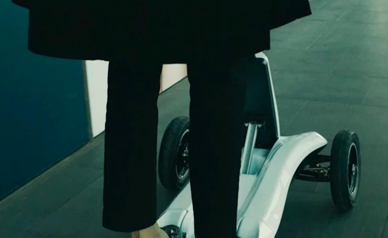 Mercane Wheels Transboard Foldable Electric 3-Wheel Scooter