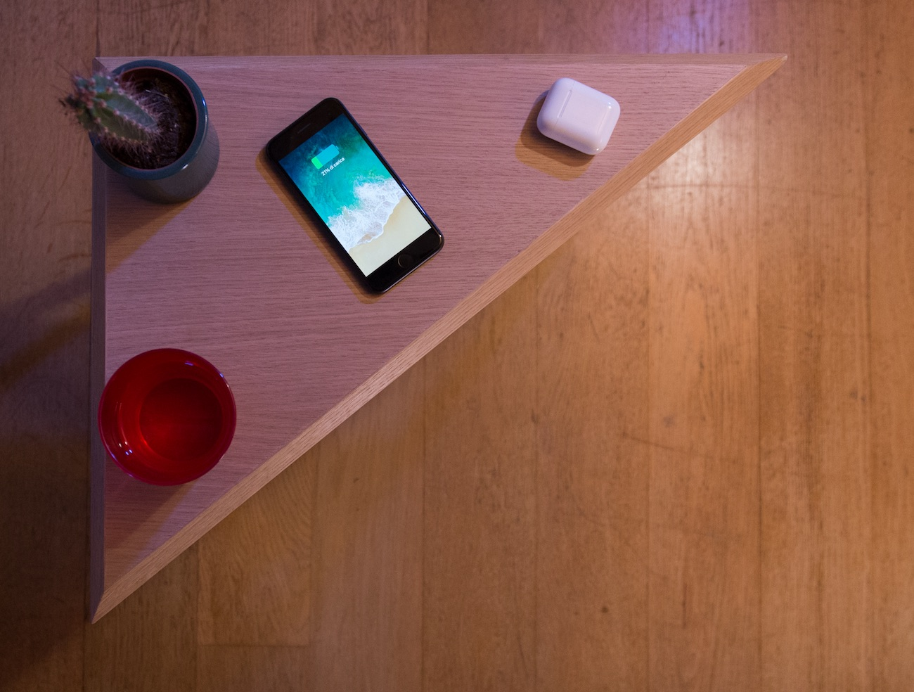 Mobile Multi Wireless Charging Table