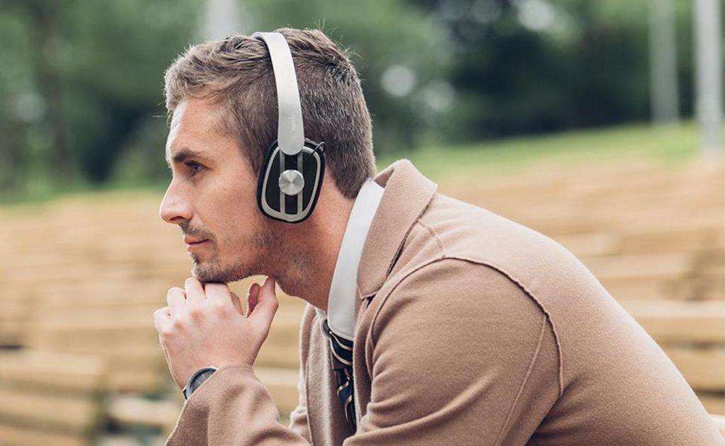 Moshi+Avanti+Air+Wireless+On-Ear+Headphones