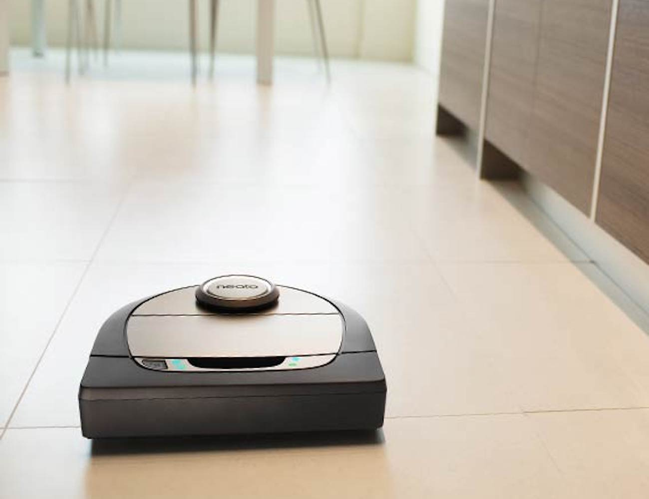 Neato Botvac D7 Connected Wi-Fi Robot Vacuum