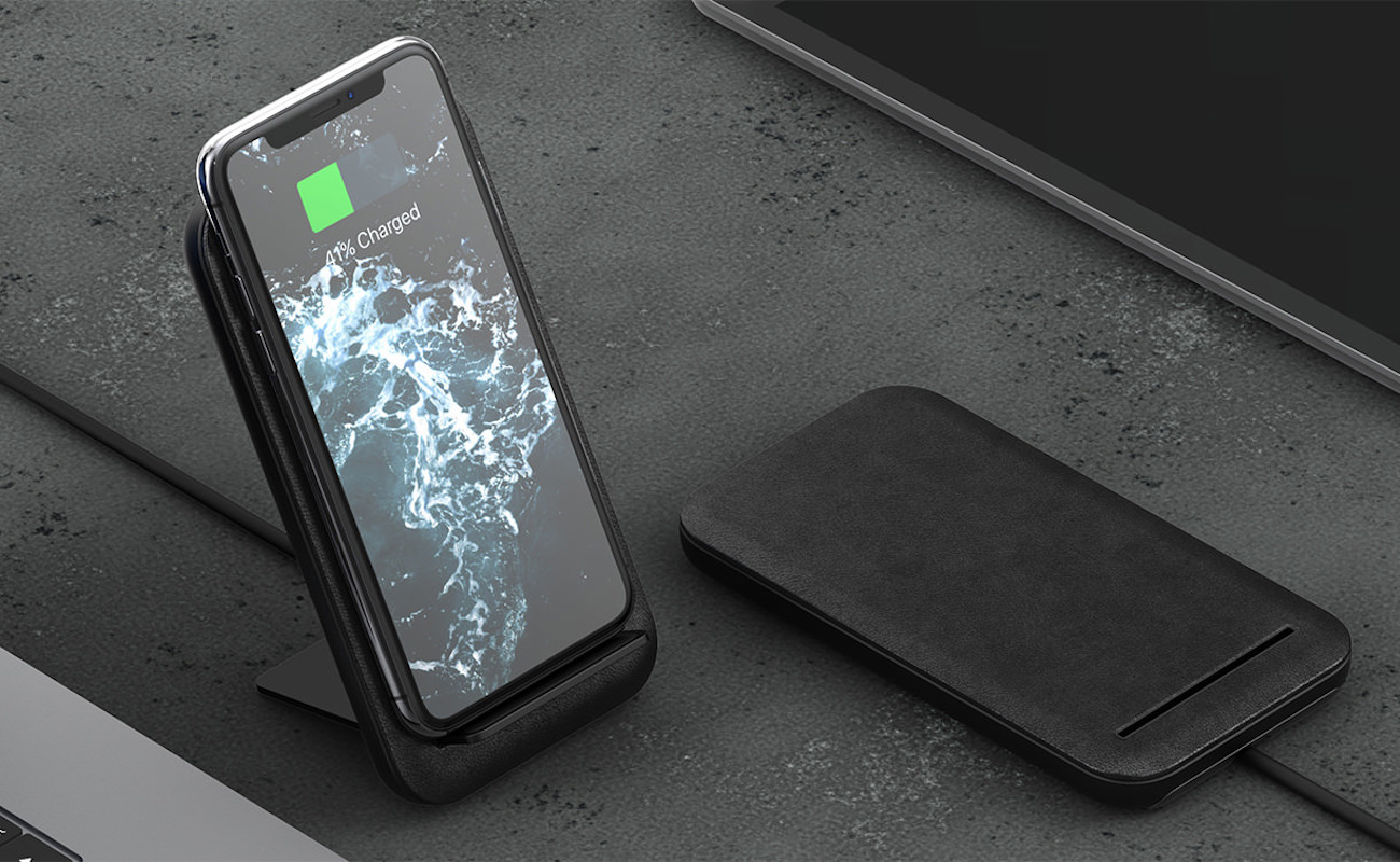 Nomad Wireless Travel Charging Stand