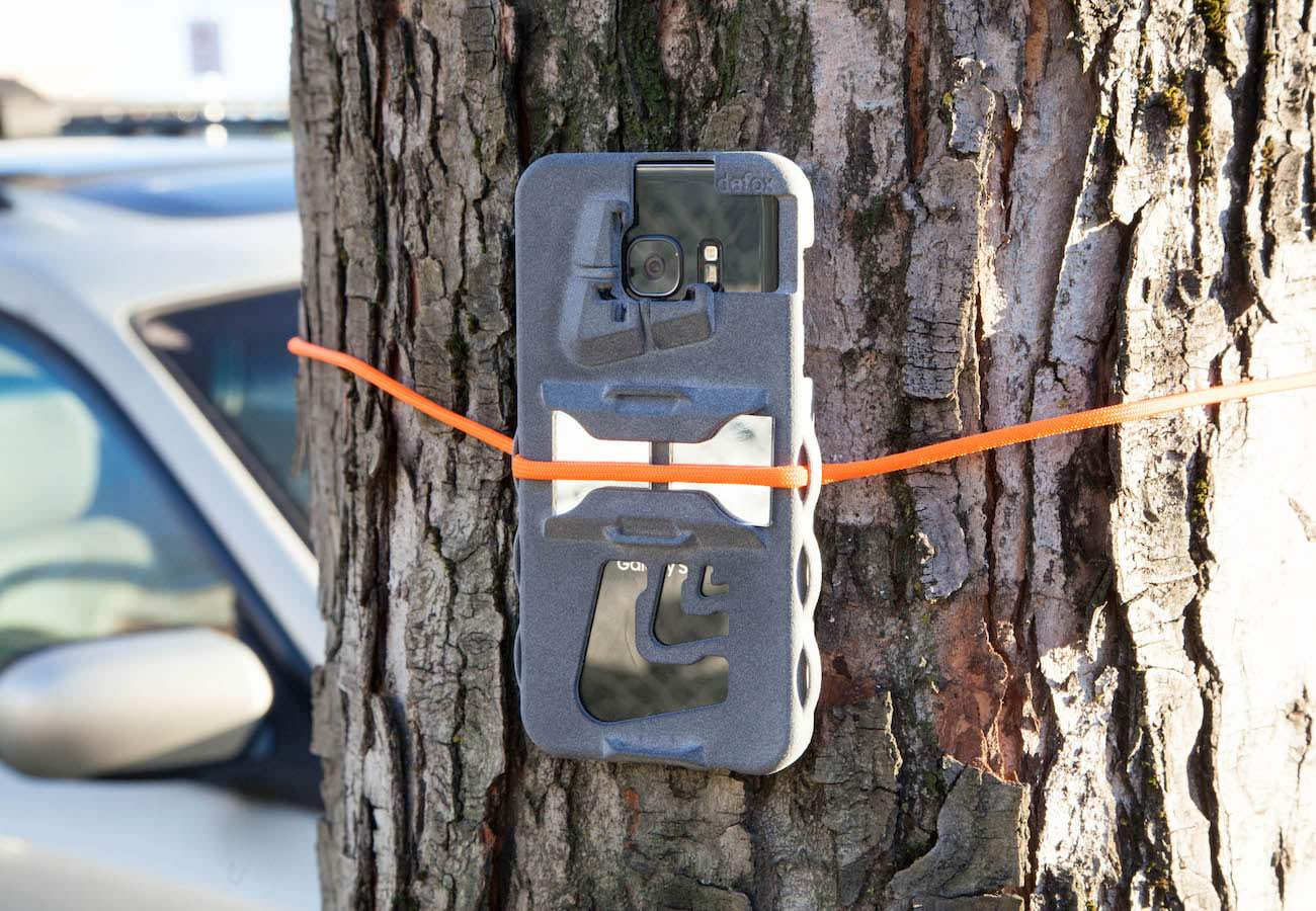 The innovative Periscope Case helps you take better phone videos