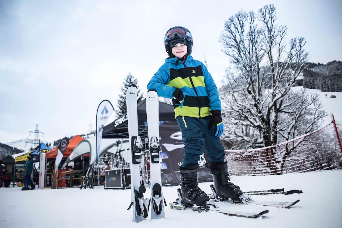 STAKI Controls Smart Downhill Skis