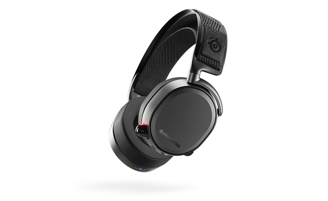 steelseries arctis pro wireless gaming headset gadget flow. Black Bedroom Furniture Sets. Home Design Ideas