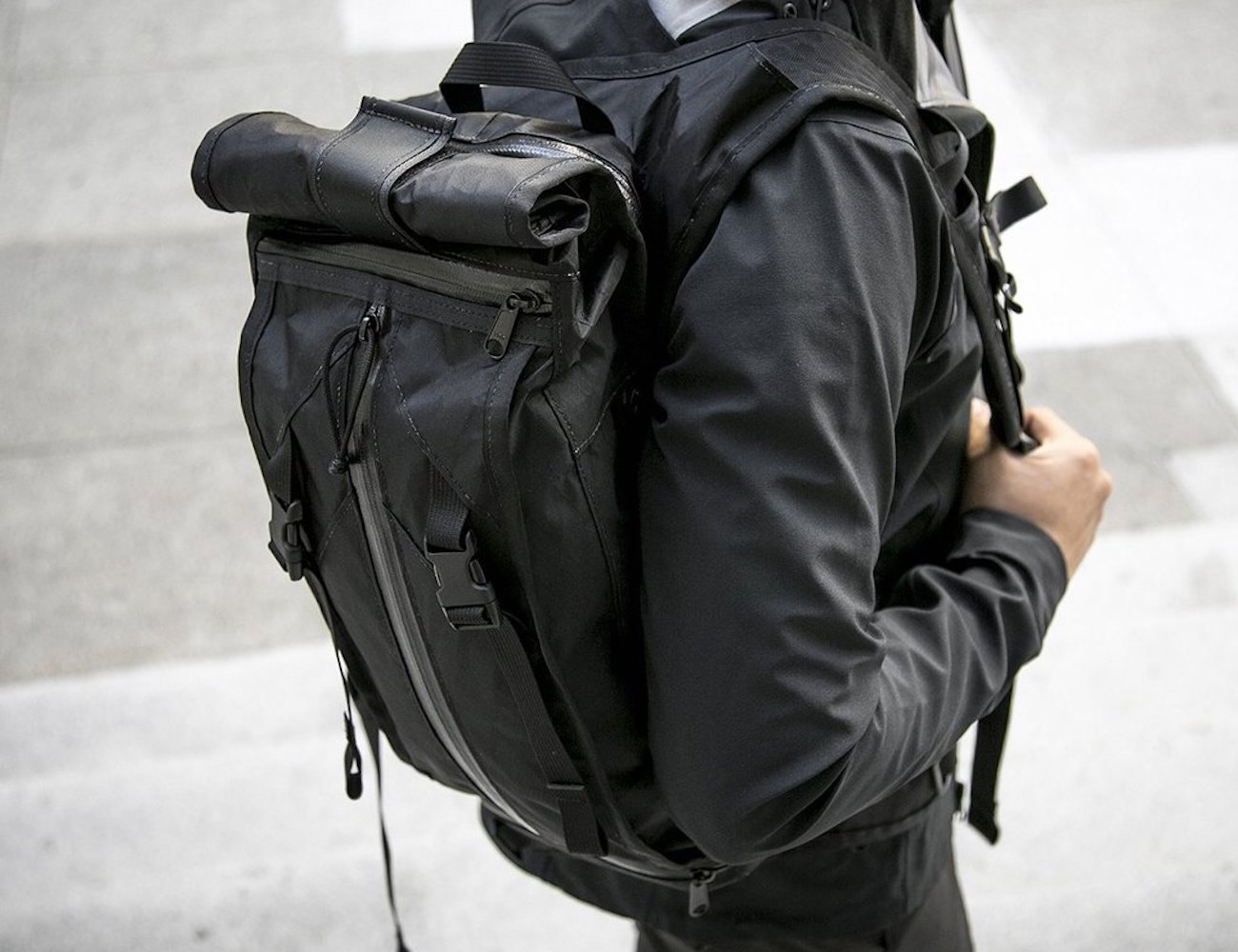 The Hauser Weatherproof Hydration Pack