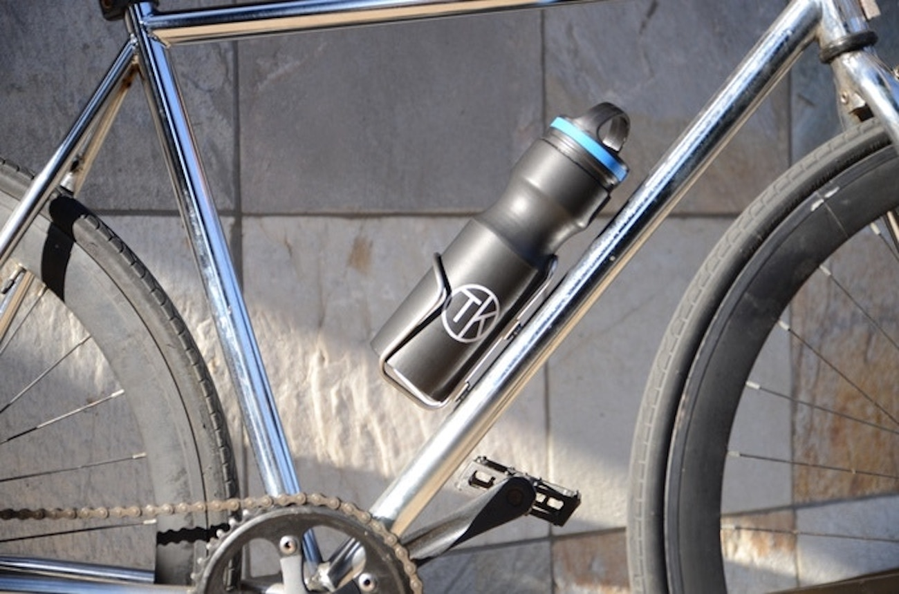 Travel Kuppe Stainless Vacuum Insulated Bike Bottle