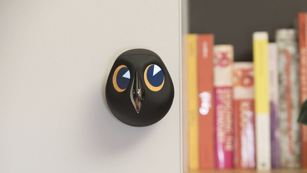 Ulo Interactive Home-Monitoring Owl watches over your home with its cute little eyes