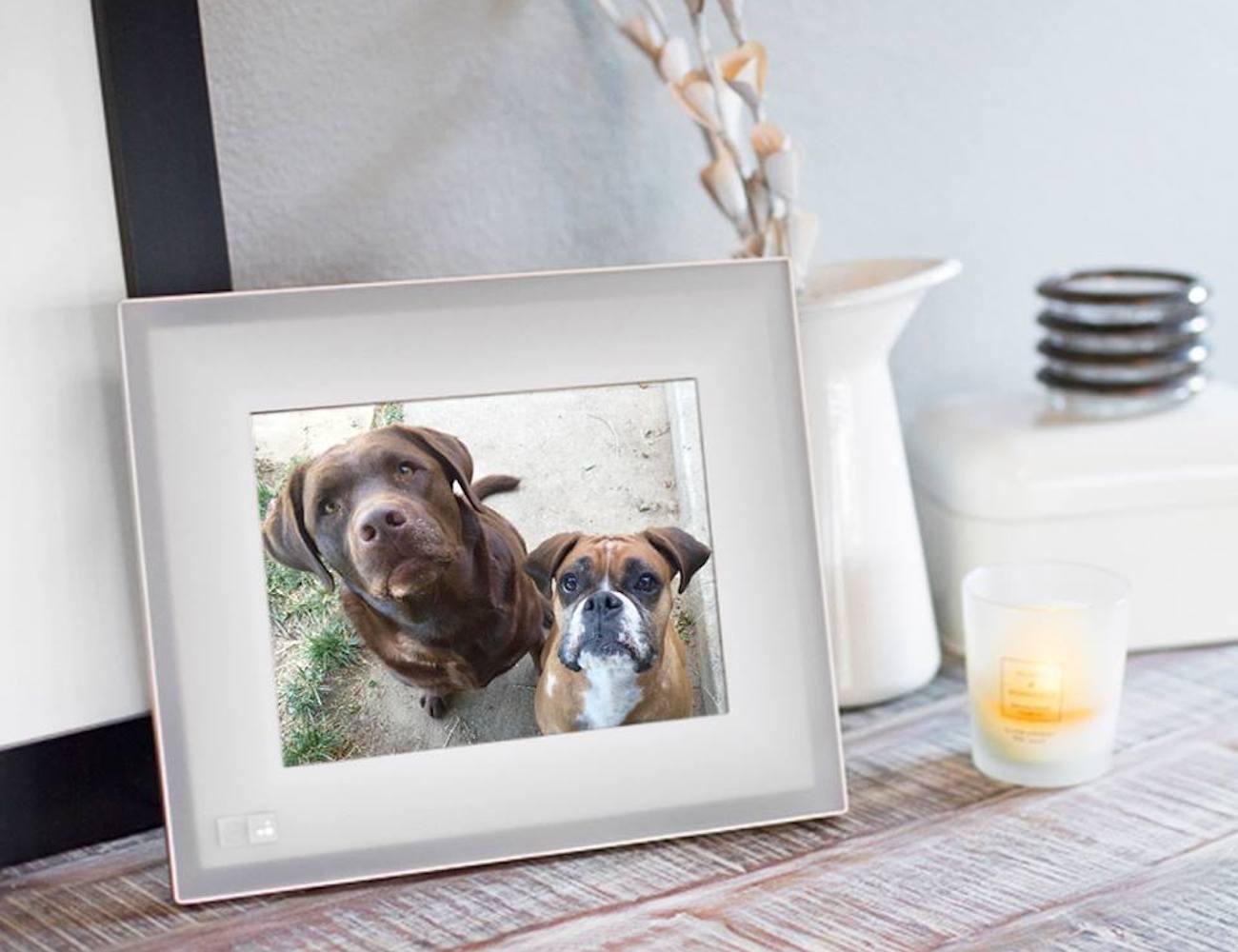 Aura Digital Picture Frame