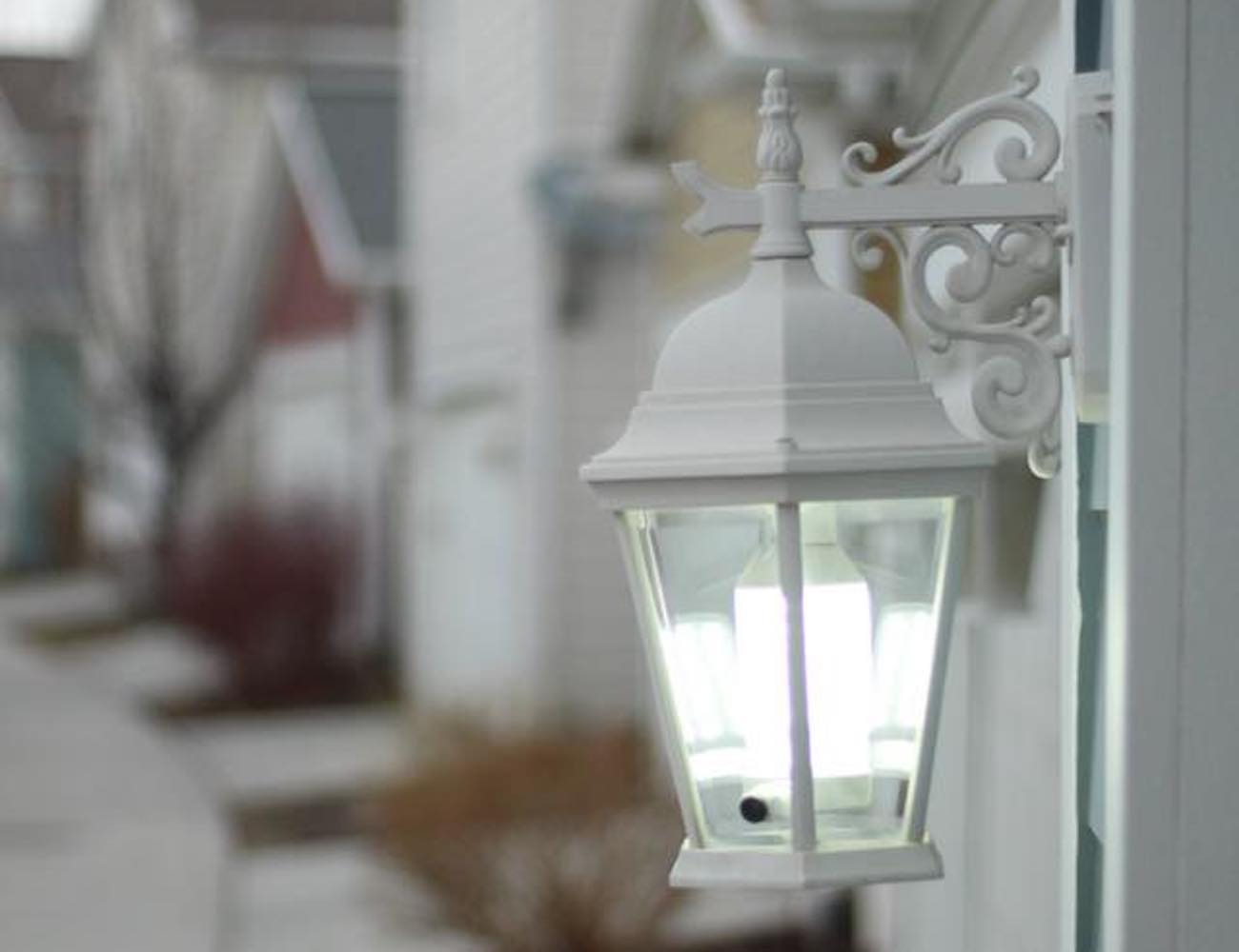 Lightcam smart light socket camera gadget flow lightcam smart light socket camera arubaitofo Choice Image