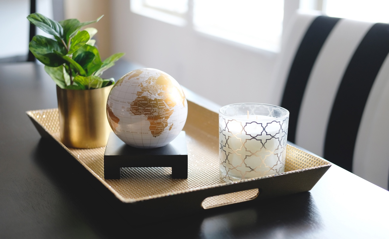 MOVA White and Gold Spinning Globe