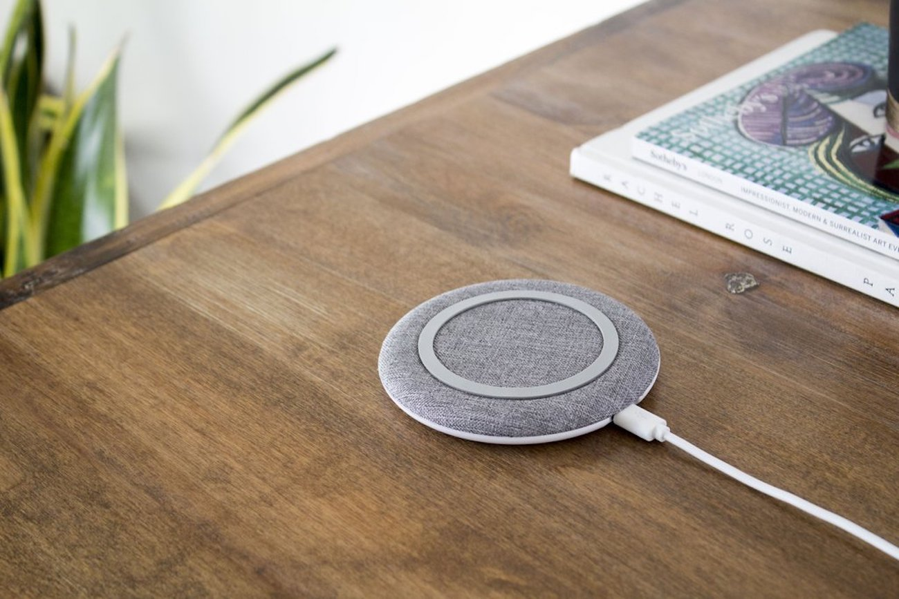 STARQ chargeONE Fast Wireless Smartphone Charger