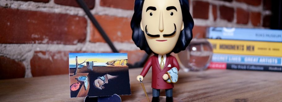 This amazing Salvador Dalí figurine is the ultimate gift for art lovers