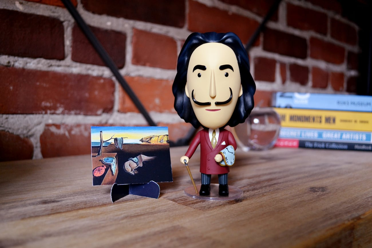 This Salvador Dalí figurine is the ultimate gift for art lovers
