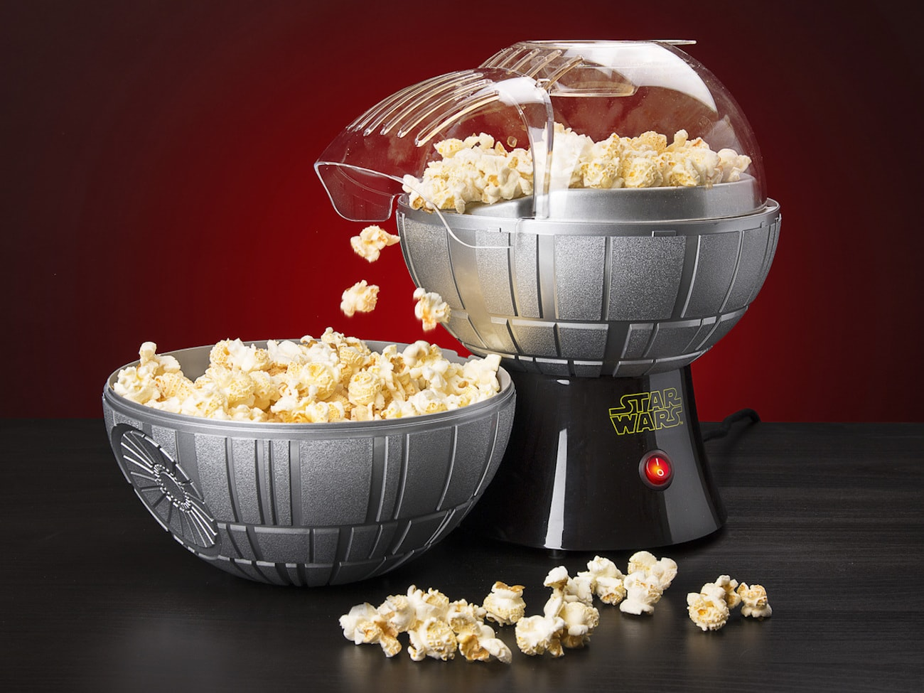 Star+Wars+Death+Star+Popcorn+Maker