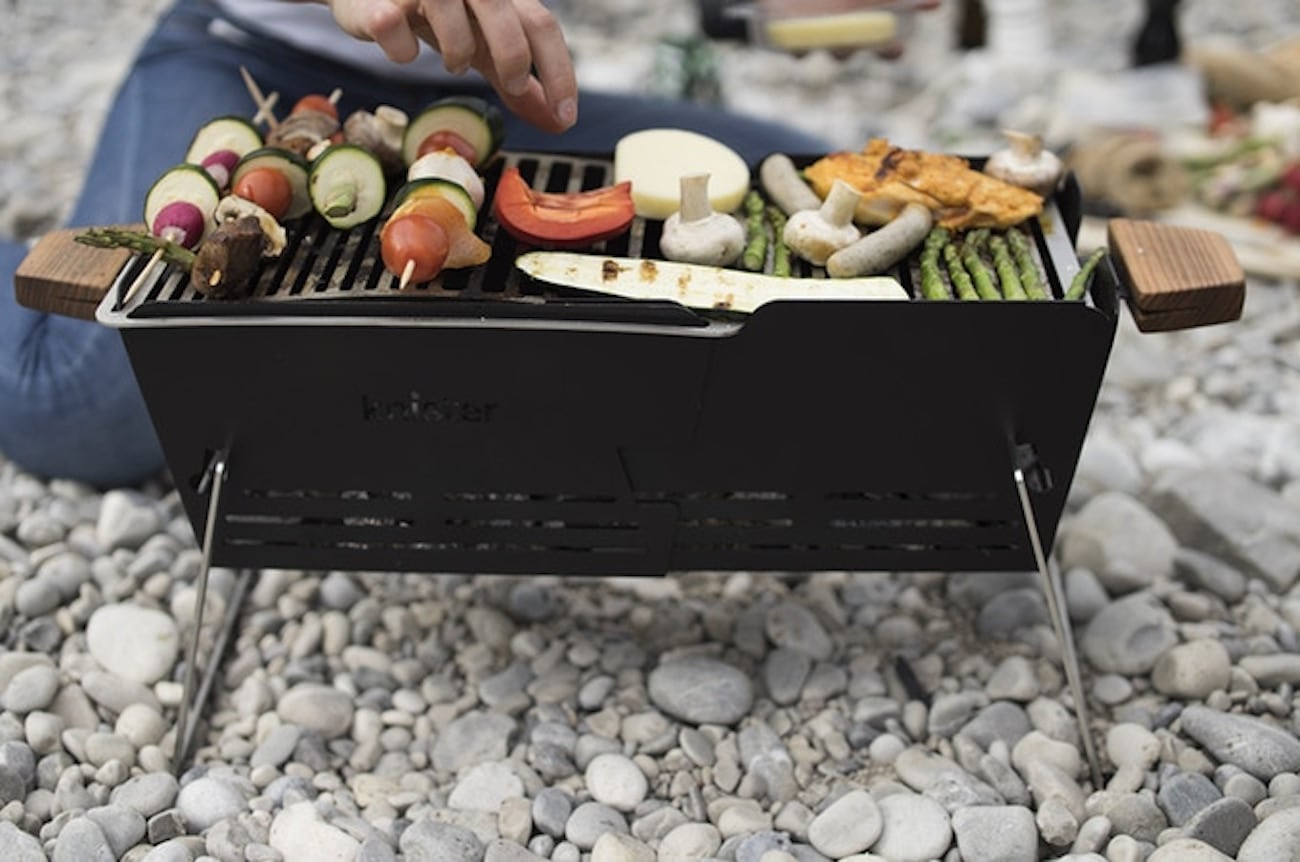 Knister Extendable Charcoal Grill