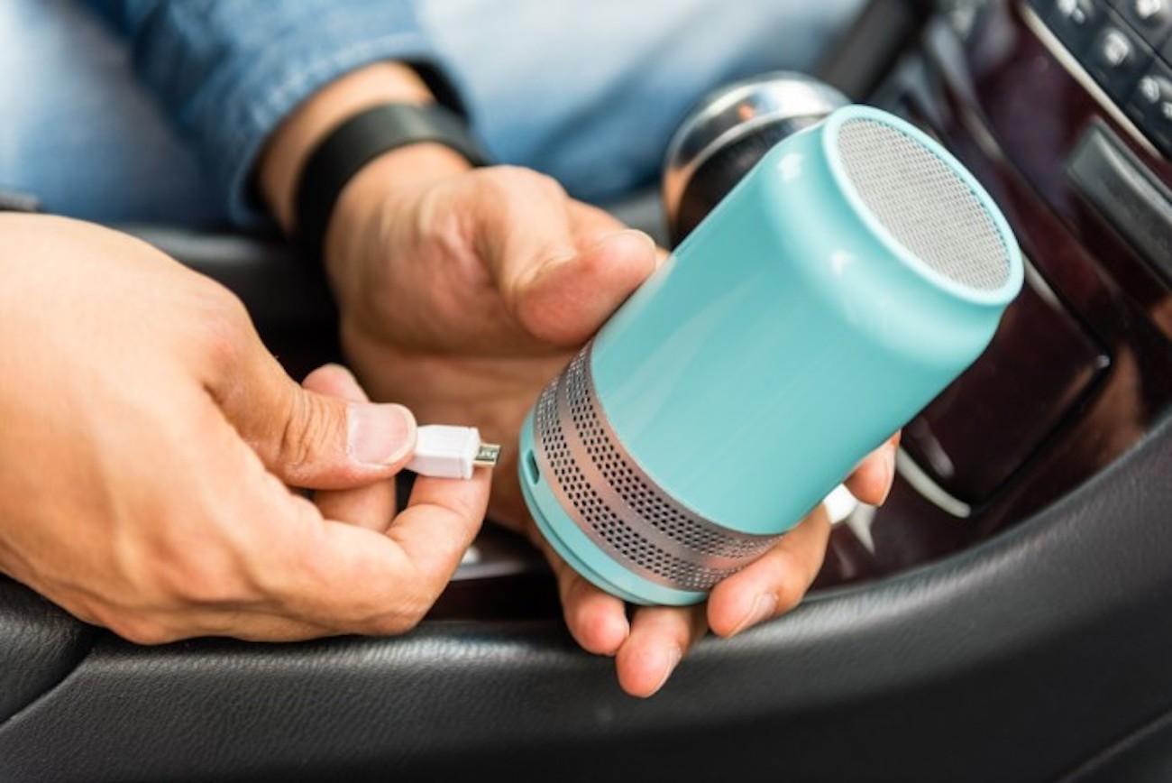 Lufi Qi Compact Filterless Air Purifier