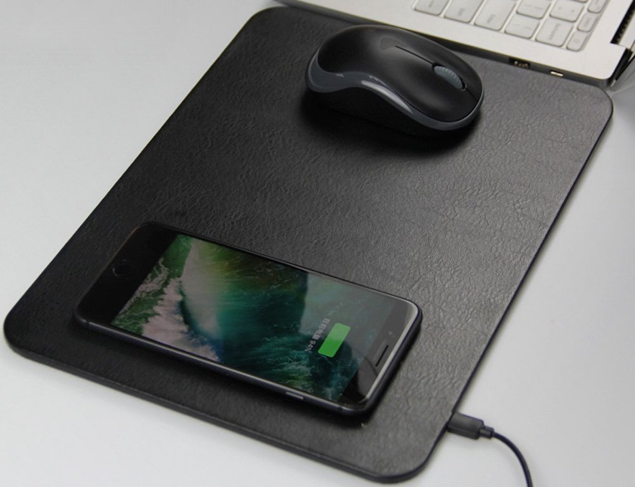 ZeniART Qi Wireless Charging Mouse Pad