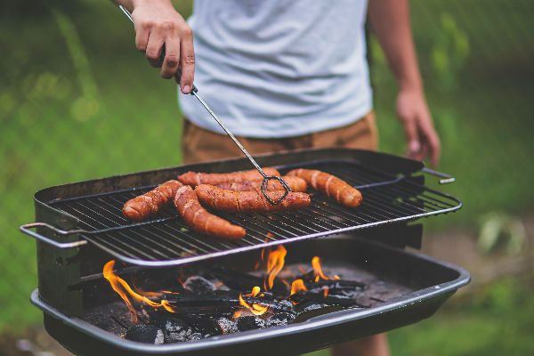 8 BBQ gadgets for a perfect summer weekend