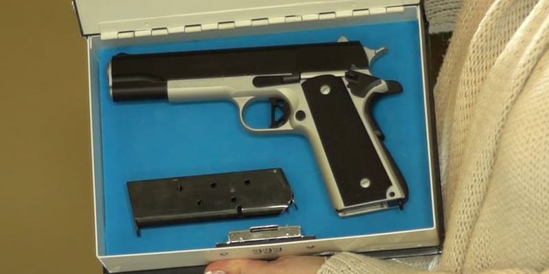 gun safe 07