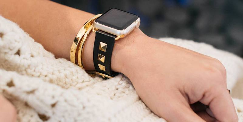 13 Apple Watch accessories bezels